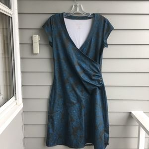Athleta Dresses - ATHLETA Nectar Medallion Faux Wrap Dress S